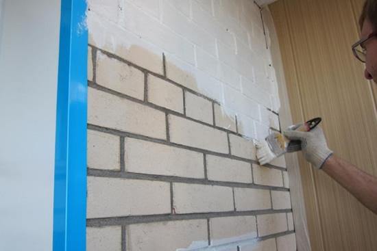 как покрасить кирпичные стены фото